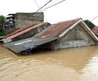 Banjir sampai ke rumah