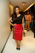 Radhika Apte at Manjhi movie event-thumbnail-19