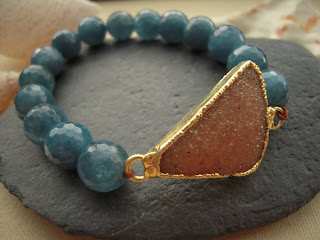 Beautiful Jasper Quartz Druzy Brown & Angelite Elastic Bracelet