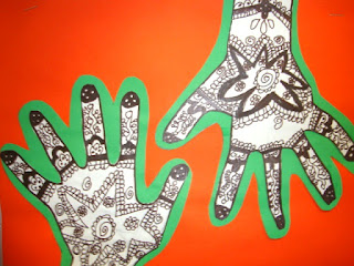 Henna Hands and easy art using hand print
