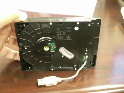 طريقة تحويل USB إلى قرص صلب (disque dure) :