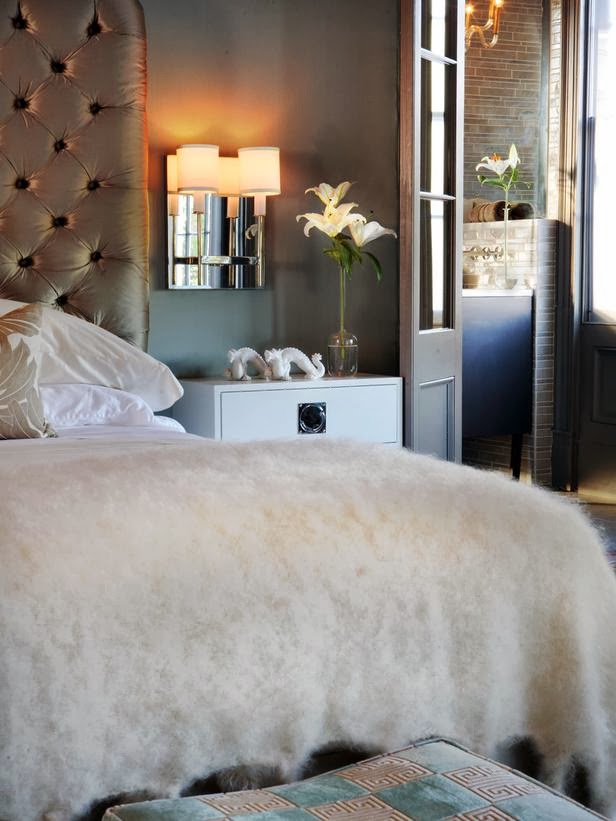 Modern furniture 2014 sexy bedrooms decorating ideas for valentine 39 s day - Sensual bedroom ideas ...