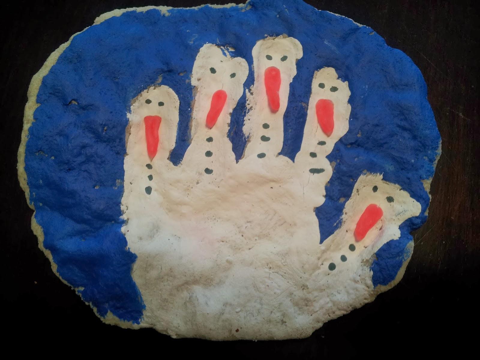 Salt Dough Christmas Handprint Ornament, crafts, kids crafts