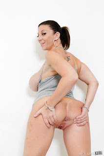 FreeSex Pics - sexygirl-144860_13big-794347.jpg