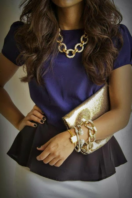street style: navy peplum top wit gold accessories