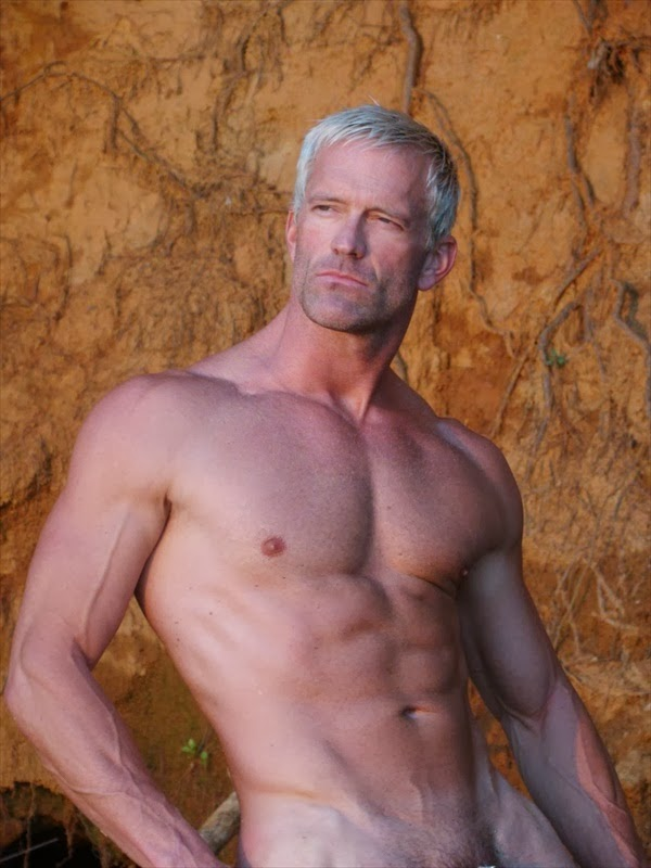 Mature men nude model