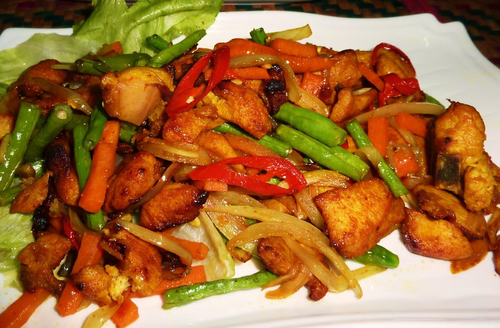 Diet Nasi Merah dan Dada Ayam