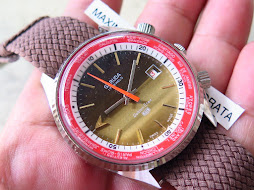 GARUDA GOLDEN STAR BROWN SUNBURST DIAL - RED INNER RING - YELLOW GOLD CASE -AUTOMATIC-NEW OLD STOCK