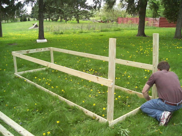 how to build a cheap chicken tractor