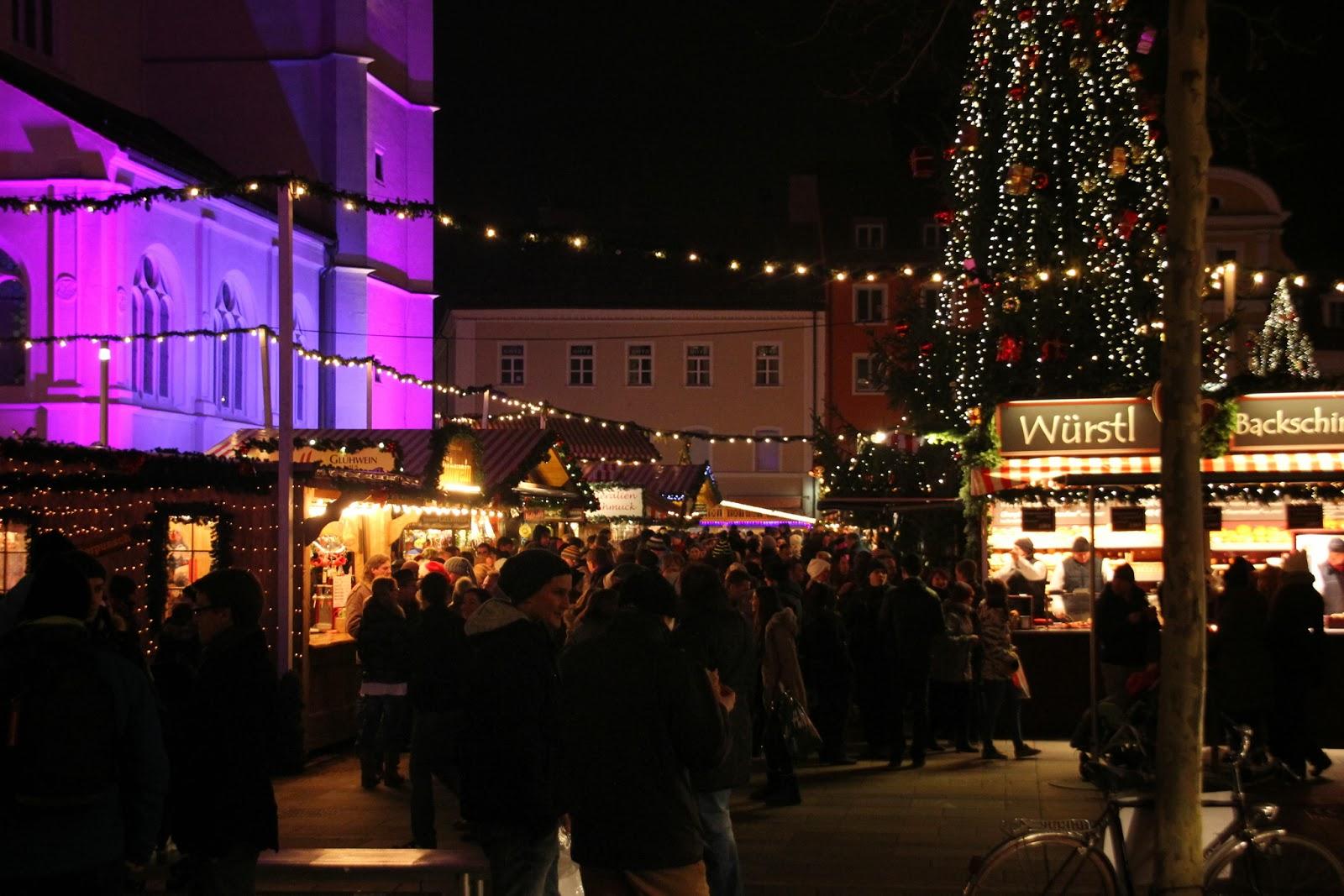 regensburger tagebuch am weihnachtsmarkt neupfarrplatz. Black Bedroom Furniture Sets. Home Design Ideas