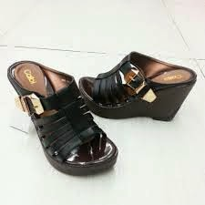Model Sandal Calbi Untuk Wanita Murah Terbaru Terbaik