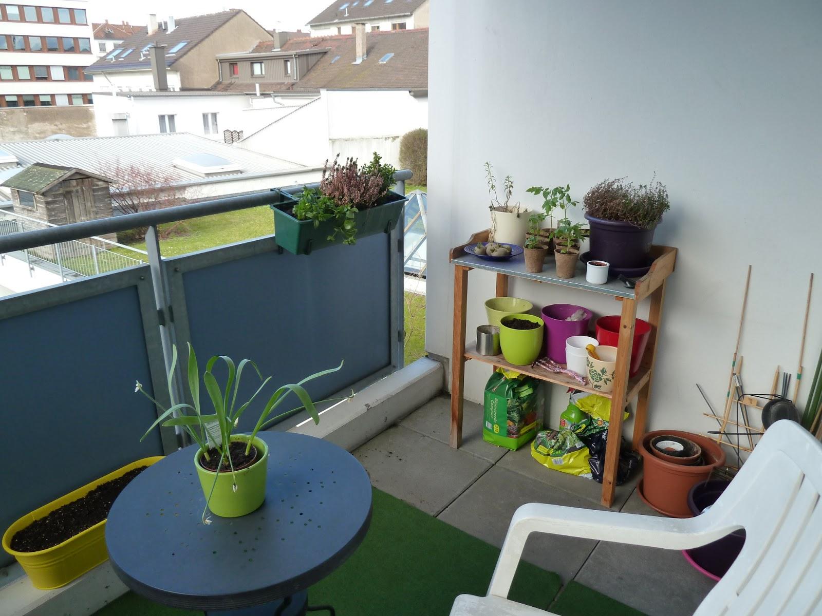 gem se naschen balkon fr hlingsfit. Black Bedroom Furniture Sets. Home Design Ideas