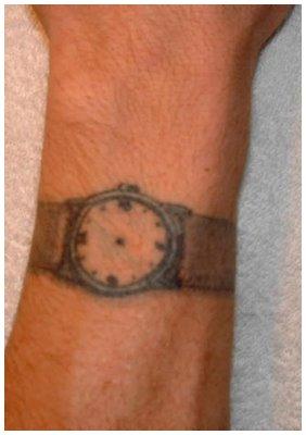 tatuagem de relógio