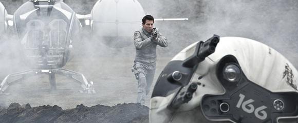Tom Cruise em OBLIVION