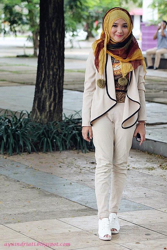 Model Hijab Street Style Ala Korea Buat Hijabers Pecinta K-Pop | JALLOSI