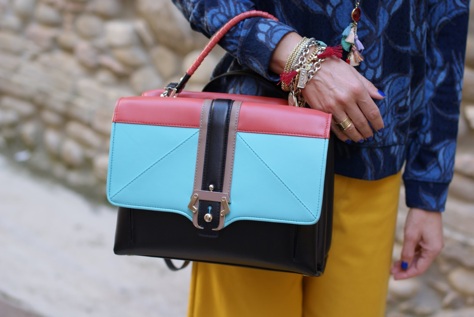 Paula Cademartori Faye on sale, tassels necklace and bracelet, Chanel vibrato nail polish on Fashion and Cookies fashion blog
