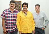 Balakrishna Dictator Story Discussion-thumbnail-3