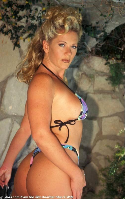 Johnni Black Bikini | Saddle Girls