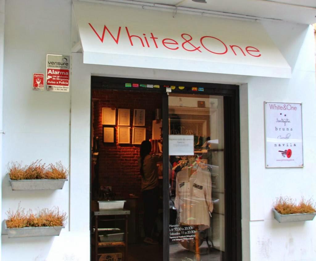 white&one, tienda, moda, fashion, juvenil, ropa, sencilla