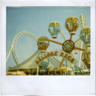 Polaroid_photo_funfair