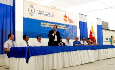 El ministro de Salud, Alberto Tejada, inauguró hoy los nuevos ambientes y equipamiento de los servicios del hospital Belén de Chiclayo.