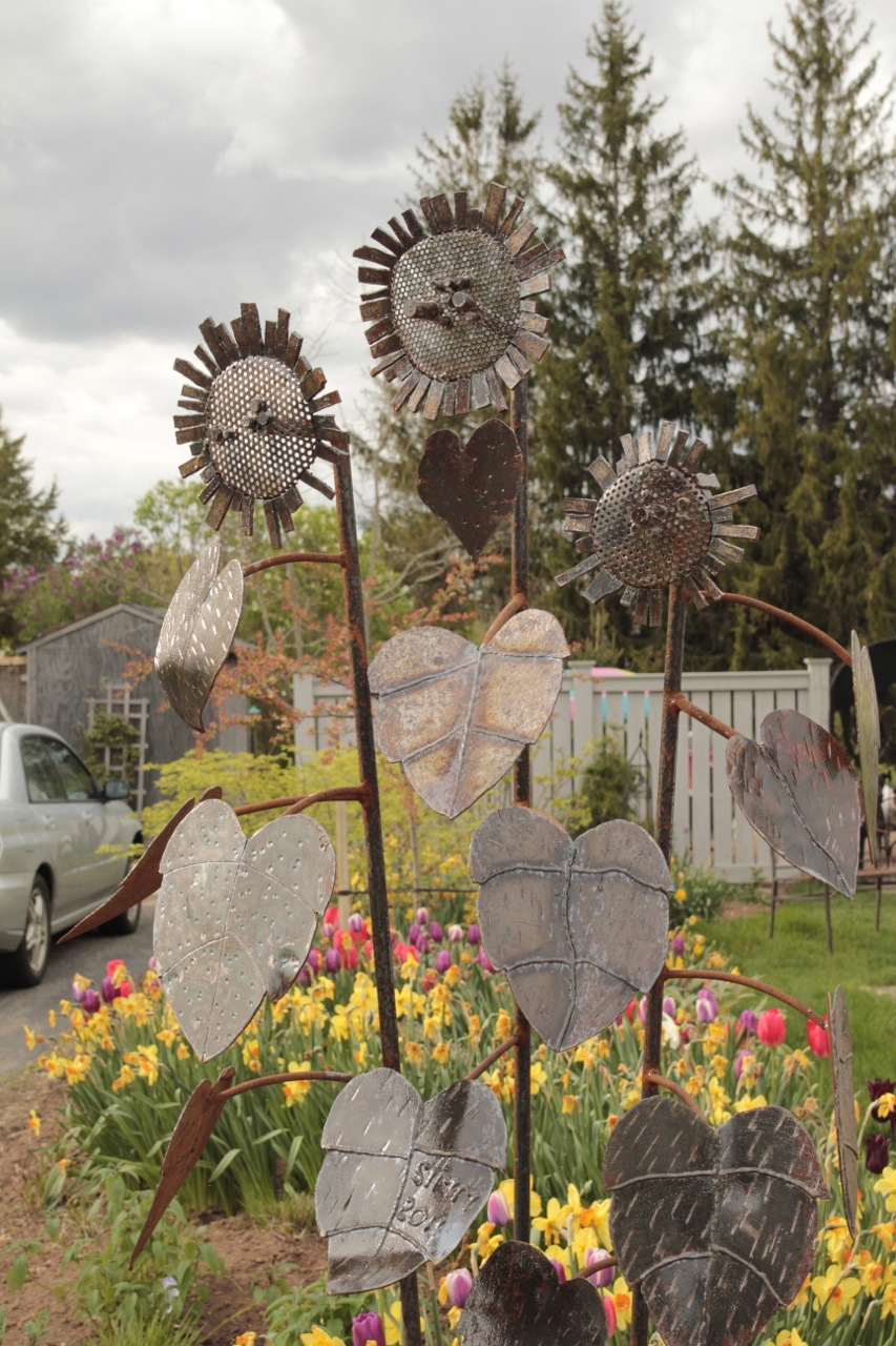 Bloomingwriter: Gardening in Nova Scotia: Art in the Garden, or the ...