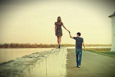 vamos a jugar, a que somos 2 extraños & que vamos a olvidar lo que paso entre nosotros