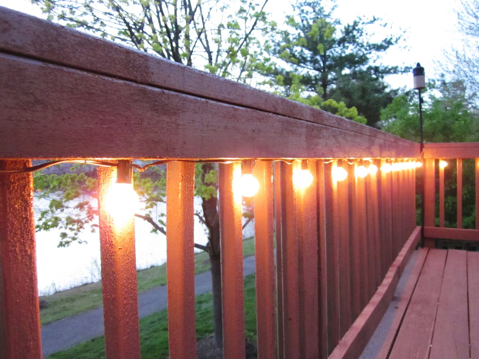 Bonnieprojects lighting the deck - How to use lights to decorate your patio ...