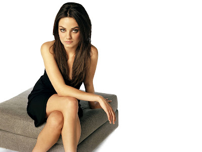 Mila Kunis smile killer wallpaper
