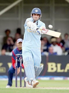 cricket,saurav,dada,wallpaper,images,six,lords,tshirt waving,india successful captain,bengal tiger,prince of kolkatta,short pitch delivery,australia,wisden,sachin and sourav,dravid,odi records,test record
