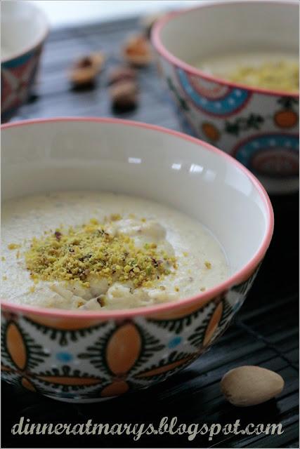 pudding al latte e pistacchio, muhallebi