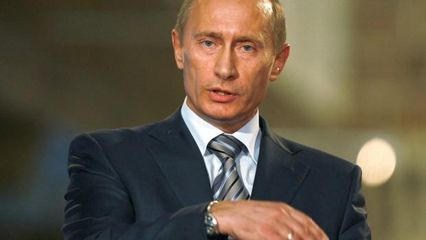 """Império decadente: Norte-americanos """"parasitam"""" a economia mundial, considera Putin"""
