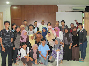 Foto bersama Prof Mohan Chinnappan, PhD