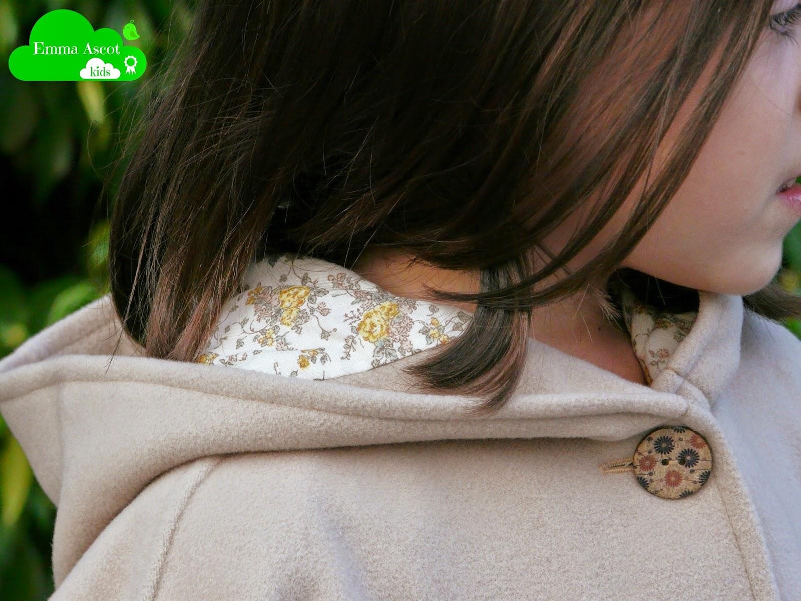 Capa Caperucita beige