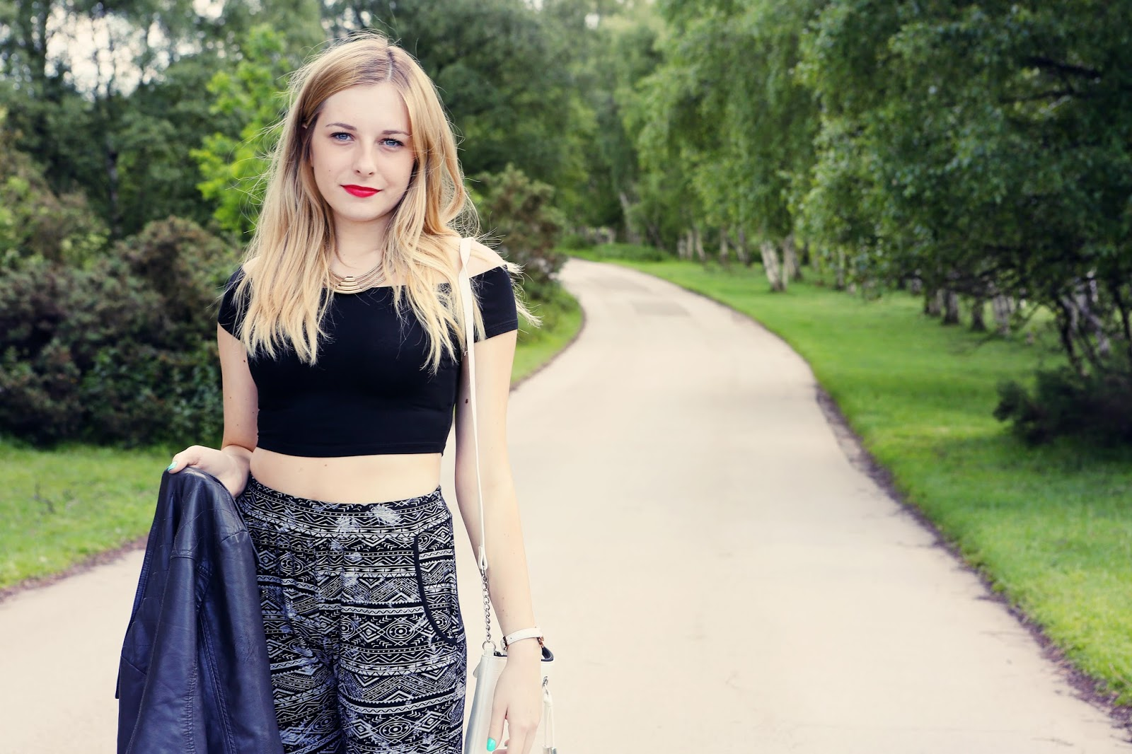 How to wear Aztec print trousers