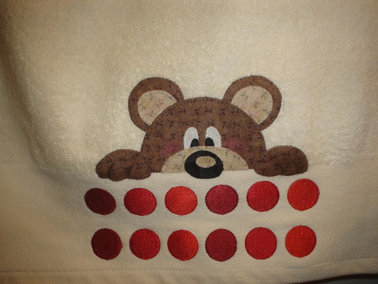 Las cosinas de elisa toalla patchwork osito con patrones o moldes - Como hacer pachwork ...