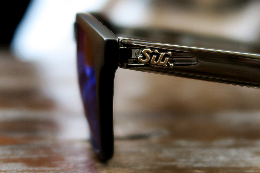 Sili Sunglasses Black Frames Frosted Grey Arms Ice Blue Lens review