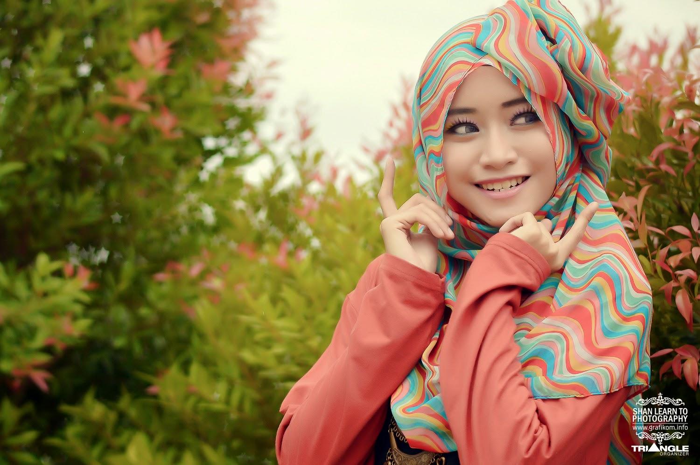 Gadis Periang