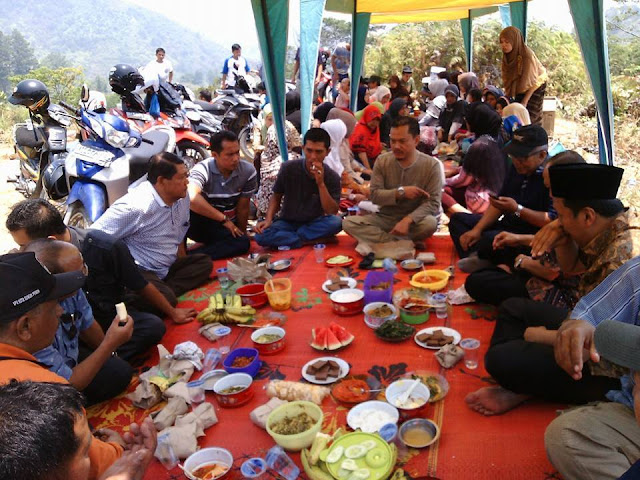 Cawako Ferry Satria Silaturrahmi dengan Keluarga Besar IWS