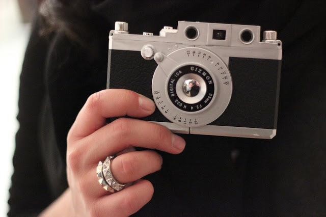 Gizmon Camera Case