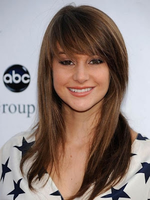 Long Romance Hairstyles with Bangs
