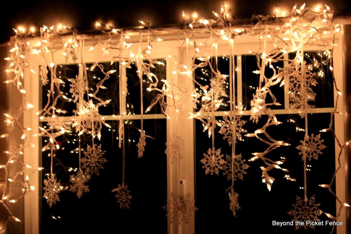 window treatment | Holiday Ideas | Pinterest | String Lights, Window ...