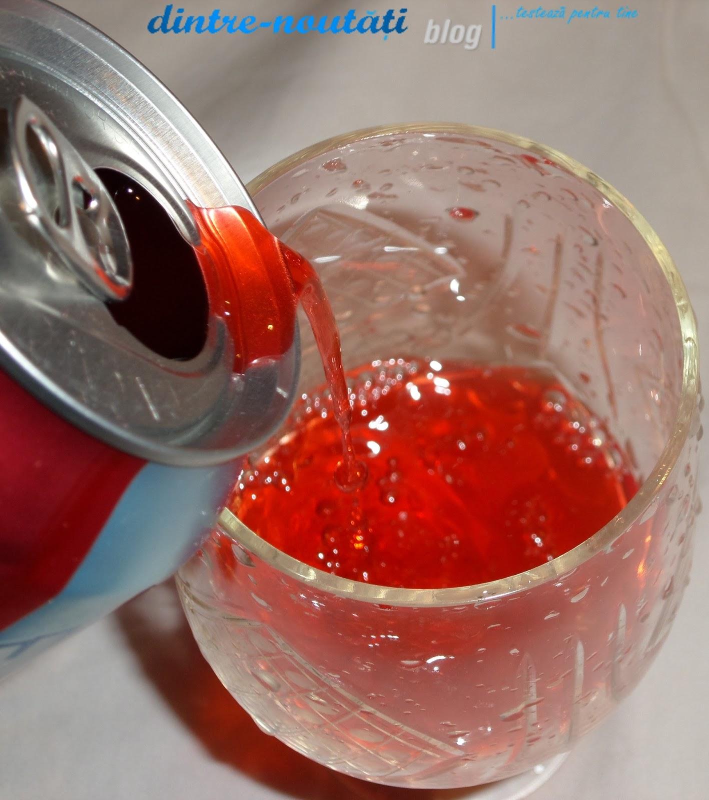 Băutură răcoritoare necarbogazoasă cu arome de fructe