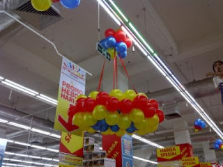 balon lampion carrefour merah