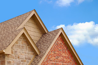 Different types of roofing materials available