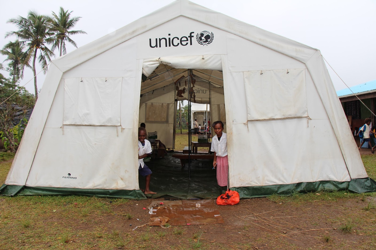 The tent that brought children back to school & Pacific Island Countries: The tent that brought children back to ...