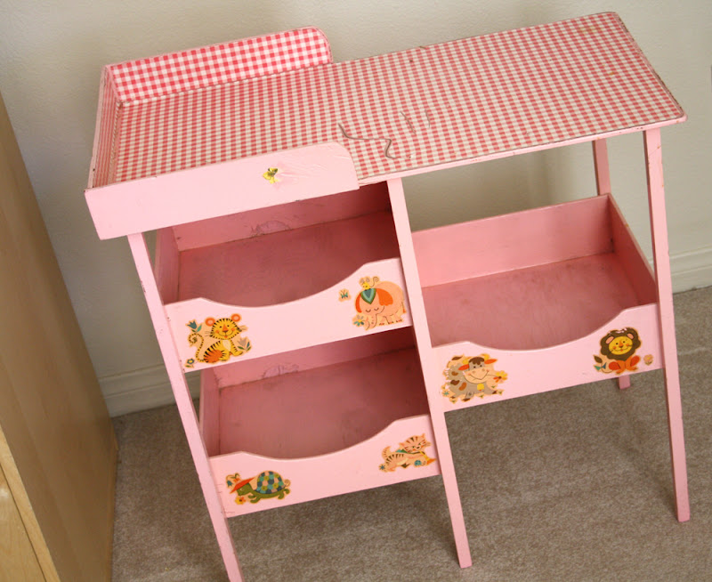 Vintage Baby Changing Table (14 Image)