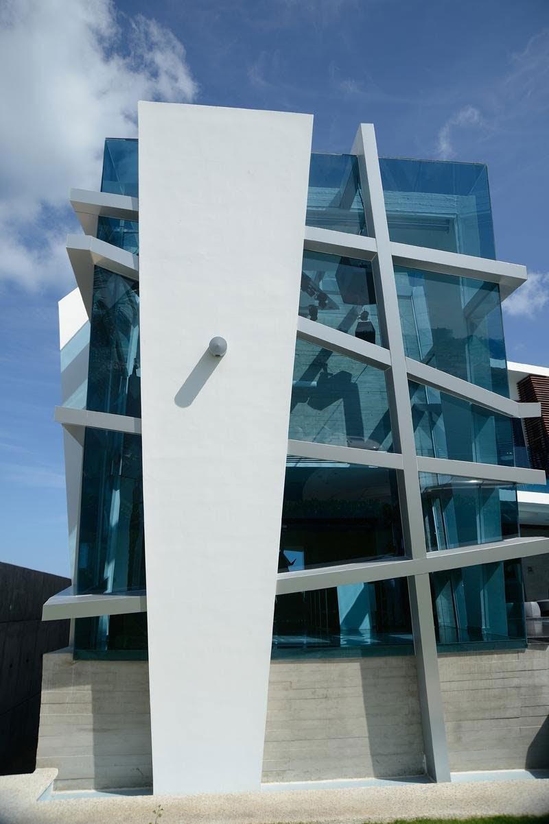 decorating ideas Casa Moderna e Futurista Com Muita Luz e Cor