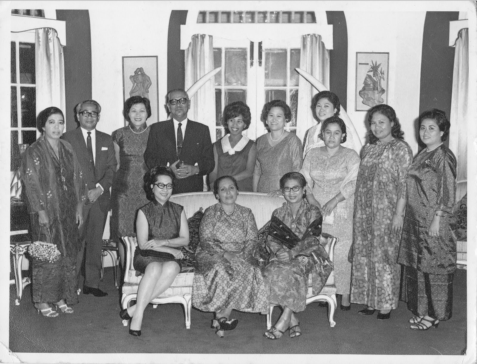 tengku abdul rahman katturai in tamil Abdul rahman,38 (as reflected in mahathir's criticisms of the tunku's   materials from the chinese or indian textile shops in preparing for the eid and  also  mahathir's anti-colonialism came to the fore in the essay on east and  west.