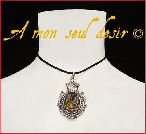 Collier Blason Poudlard Harry Potter Magie Albus Dumbledore Hogwarts crest magic school necklace A l'école des Sorciers